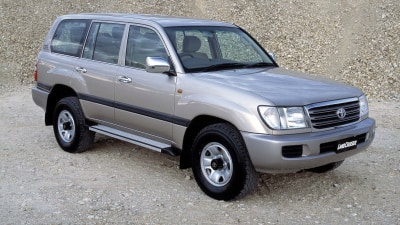 Toyota LandCruiser 100 Series And 200 Series Recalled For Airbag Issue