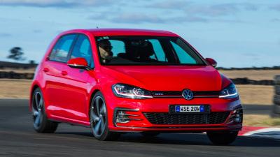2017 Volkswagen Golf GTI 7.5 new car review