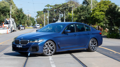 2021 BMW 520i LCI review