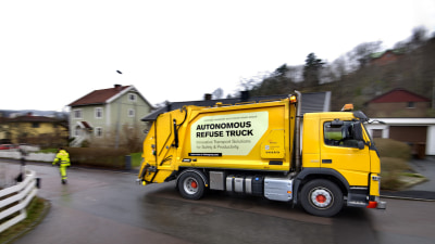 Volvo Trucks Puts Self-Driving Technology To Work On Swedish Streets