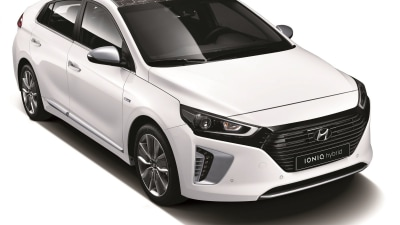 Hyundai Ioniq Officially Revealed, Ready to Battle For Hybrid Supremacy