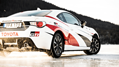 Feature: Ice drifting in the Toyota 86