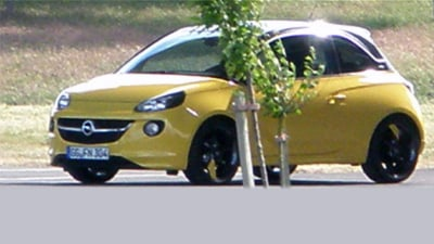 Opel Adam Revealed: Fan Spies New City Car Filming TV Commercial