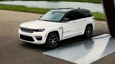 2022 Jeep Grand Cherokee five-seater revealed in plug-in hybrid 4xe guise, here in 2022