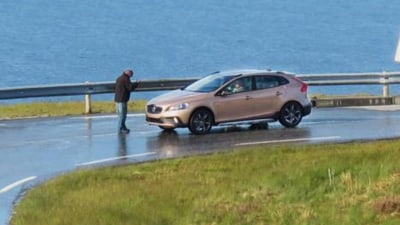 2013 Volvo V40 Cross Country Spied Undisguised