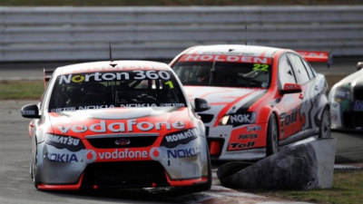 V8 Supercars: Triple Eight Defects To Holden From 2010