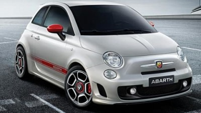 Fiat 500 Abarth breaks cover