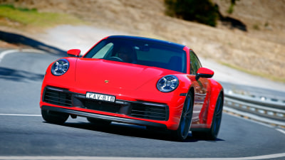 Porsche 911 Carrera 2019 Range Review