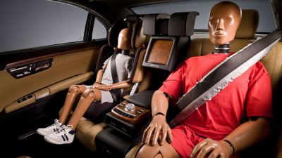 Mercedes-Benz To Offer Seatbelt Airbags From 2013