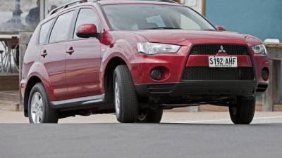 Mitsubishi Announces Run-Outlander Sale
