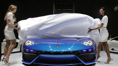 Paris Motor Show 2014: The Podium Winners (And Podium Of Shame)