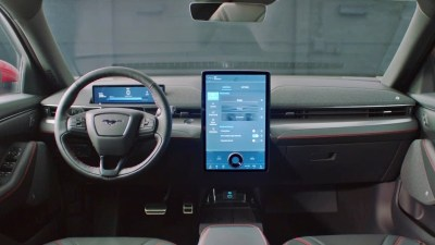 Ford patents in-car advertising, safety expert warns against the tech