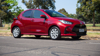 2020 Toyota Yaris SX Hybrid review
