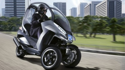 Peugeot HYmotion 3 Hybrid Scooter To Enter Production In 2010