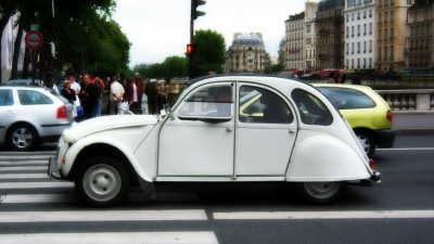 Paris Mayor Giving Old Cars The Boot