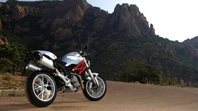 2009 Ducati Monster 1100 And 1100 S