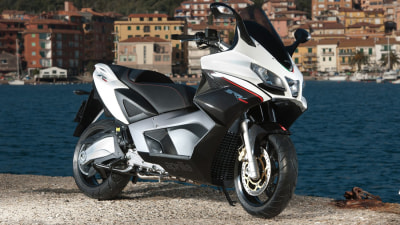 Aprilia SRV 850 In Australia This Month: World's Most Powerful Scooter