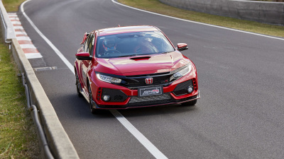 Honda Civic Type R sets Bathurst record in the hands of F1 ace Jenson Button