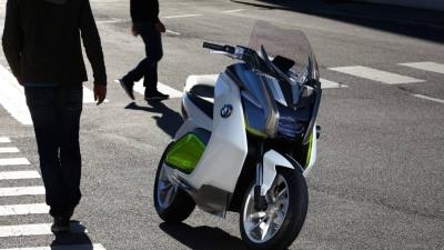 Frankfurt: BMW Motorrad Concept e Scooter