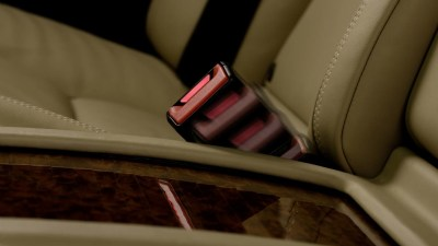 Mercedes-Benz To Introduce Active Seat Belt Buckle