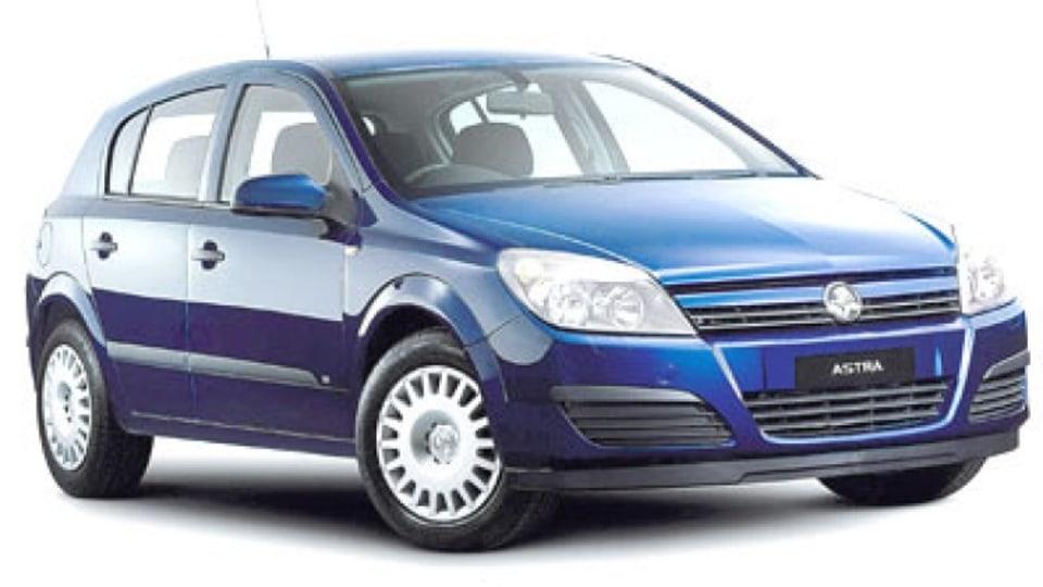 Holden AH Astra