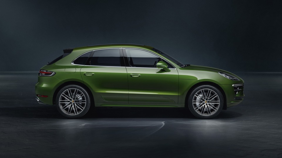 2020 Porsche Macan Turbo pricing and specs