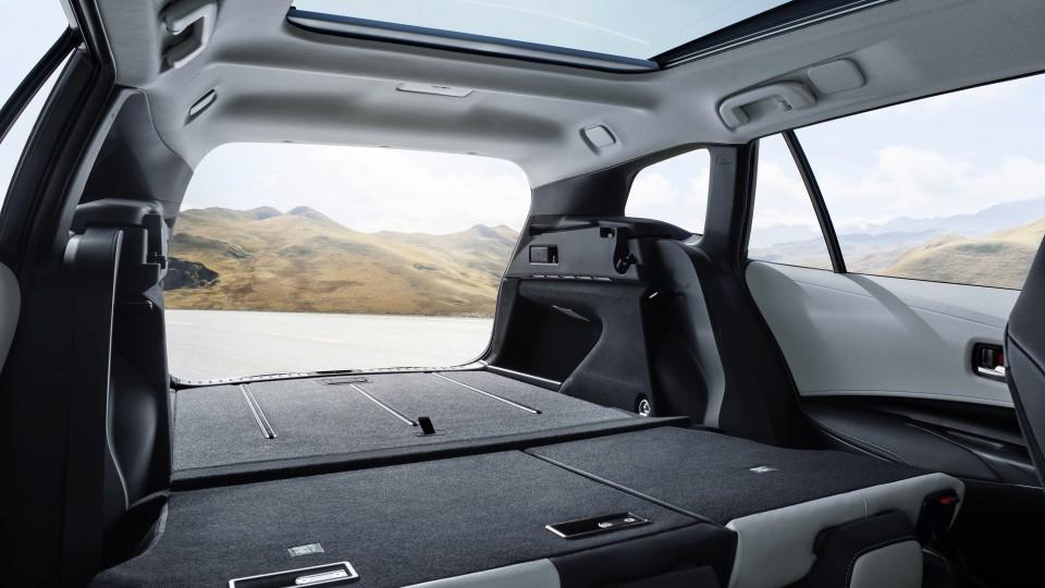 Corolla Touring Sports wagon.