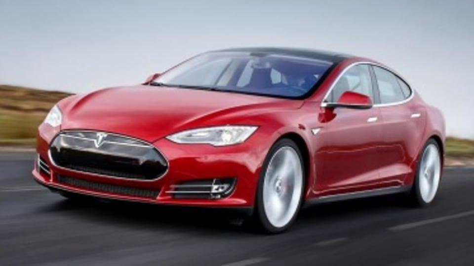 Report: Autopilot not to blame for self-driving Tesla death