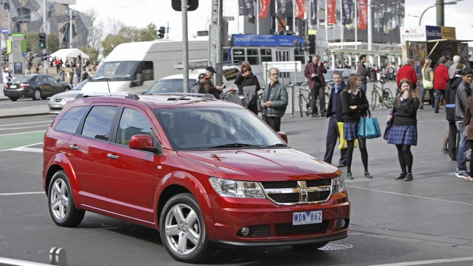 2010 Dodge Journey Gets Safety And Comfort Updates