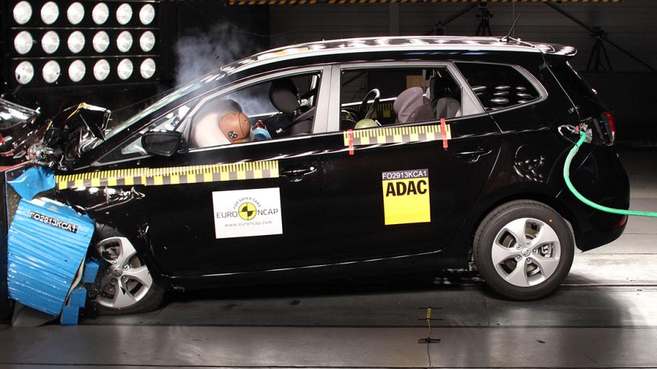 ANCAP: 5-Star Safety For Kia Rondo, Mazda6 And Renault Clio