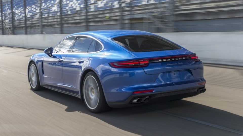 The new Porsche Panamera will spawn two hybrid variants.
