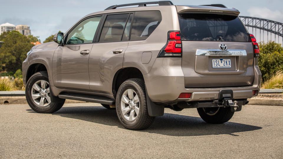 2021 Toyota LandCruiser Prado GXL review-1