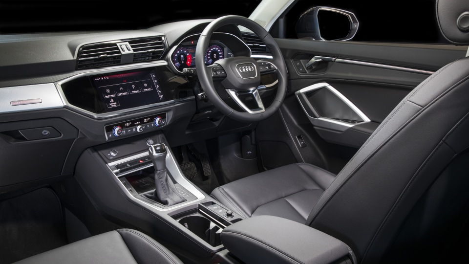 2020 best small luxury suv audi Q3 interior