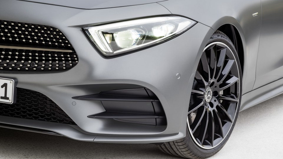New Mercedes-Benz CLS revealed