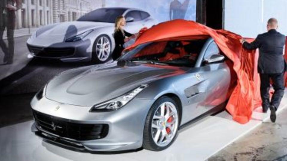 Ferrari reveal GTC4 Lusso T