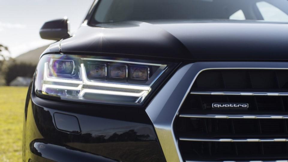 2015 Audi Q7  Emabrgoed: 12.01AM 7/8/2015