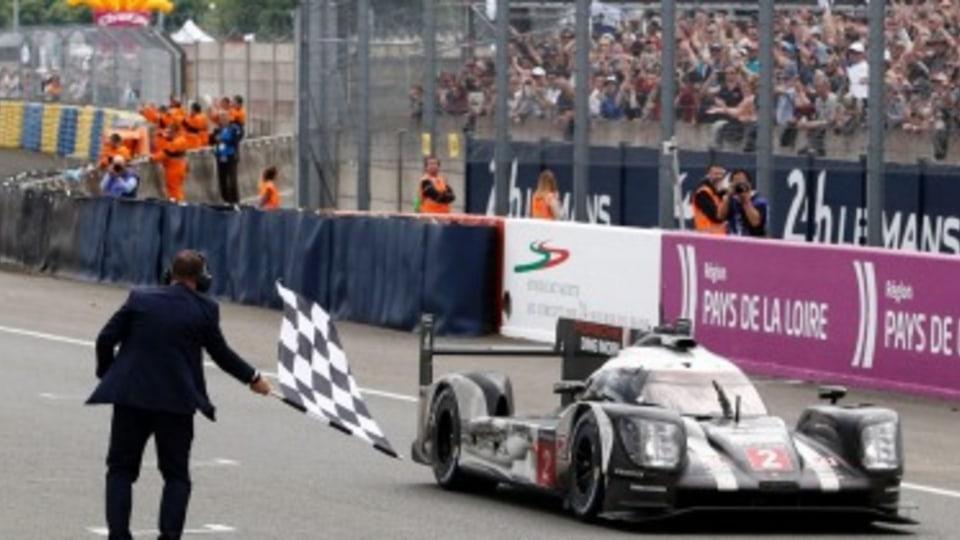 Porsche wins last lap Le Mans thriller