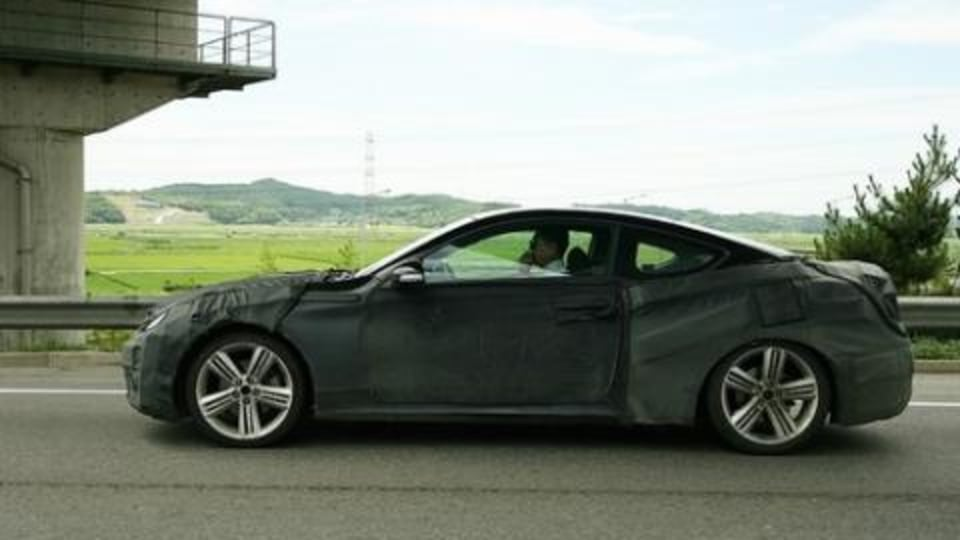 Hyundai Coupe spotted in Korea