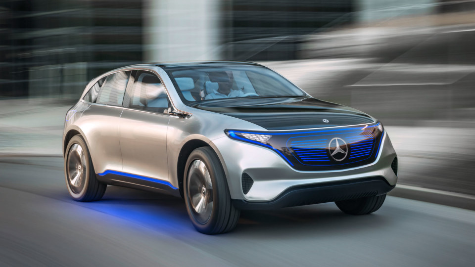 Mercedes-Benz wants 10 fully electric cars by 2022.