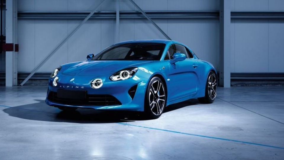 Renault Australia to offer a lightweight version of its Alpine coupe