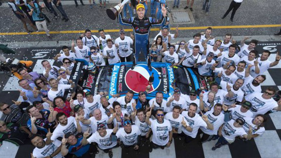 V8 Supercars - Winterbottom Champion For 2015 While Rogers Now A Hall Of Famer