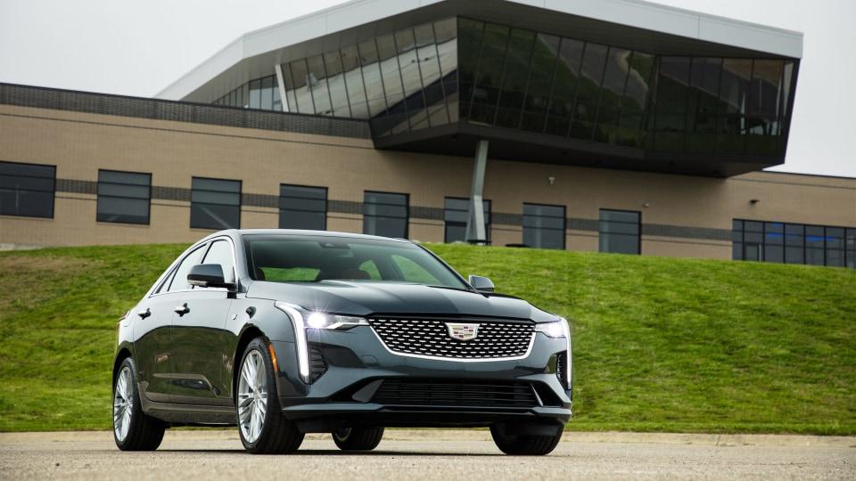 2020 Cadillac CT4 revealed
