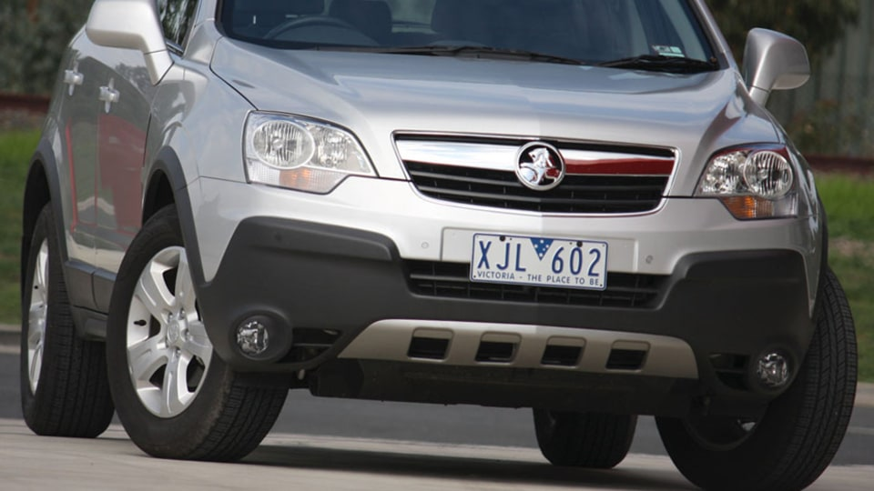 2010 Holden Captiva 5 Manual Road Test Review
