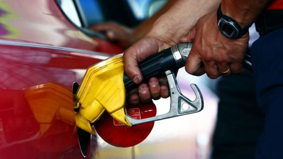 A new report has found that most cars used more average fuel than what is claimed on its stickers.