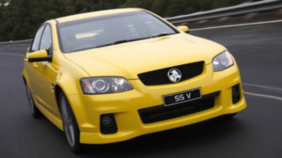 Australian large cars hit record lows