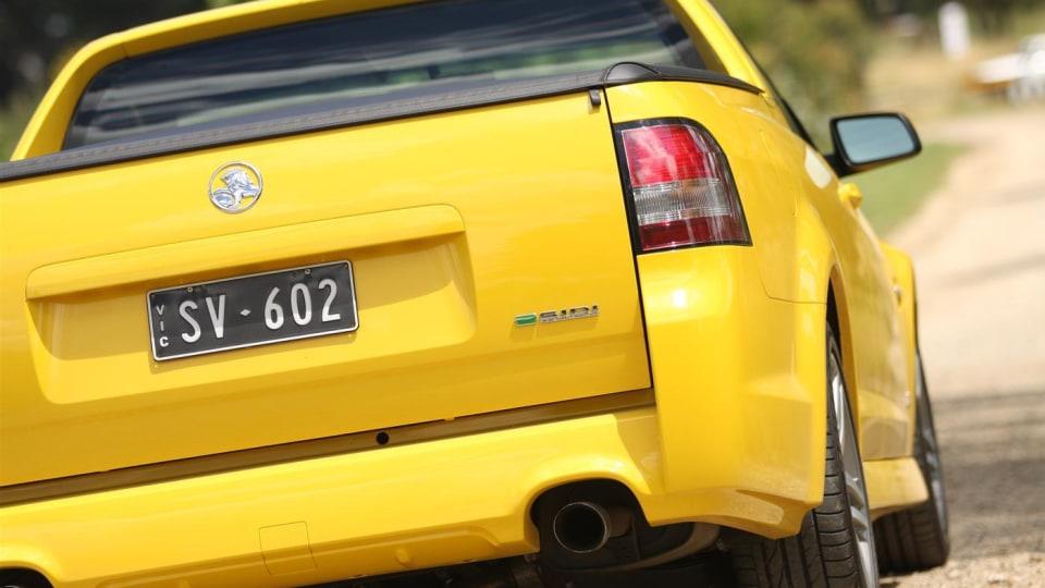 2011_holden_sv6_ute_17