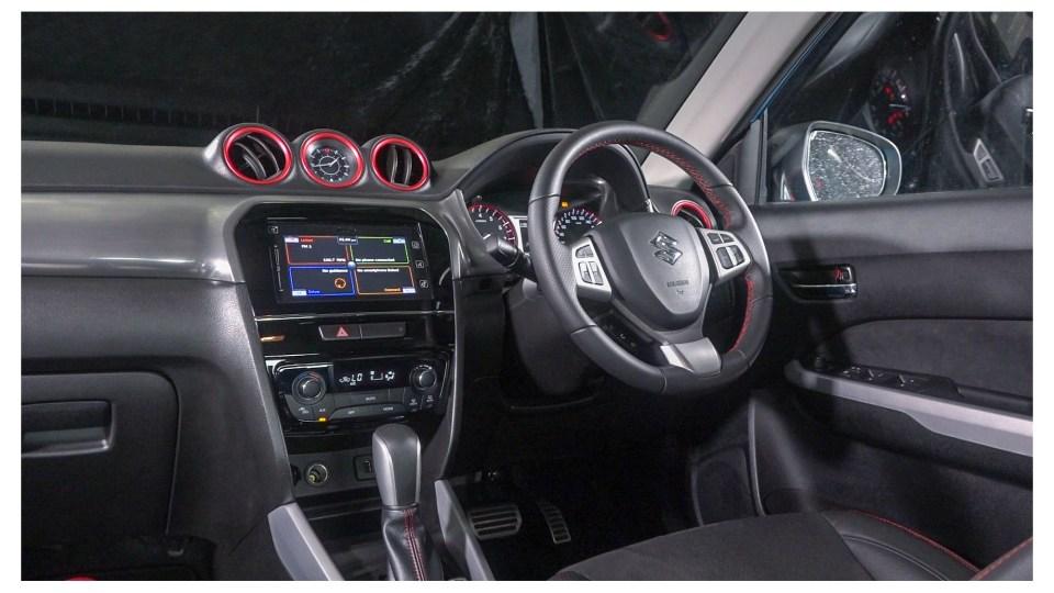 Toyota C-HR v Suzuki Vitara Turbo Head-to-Head-0
