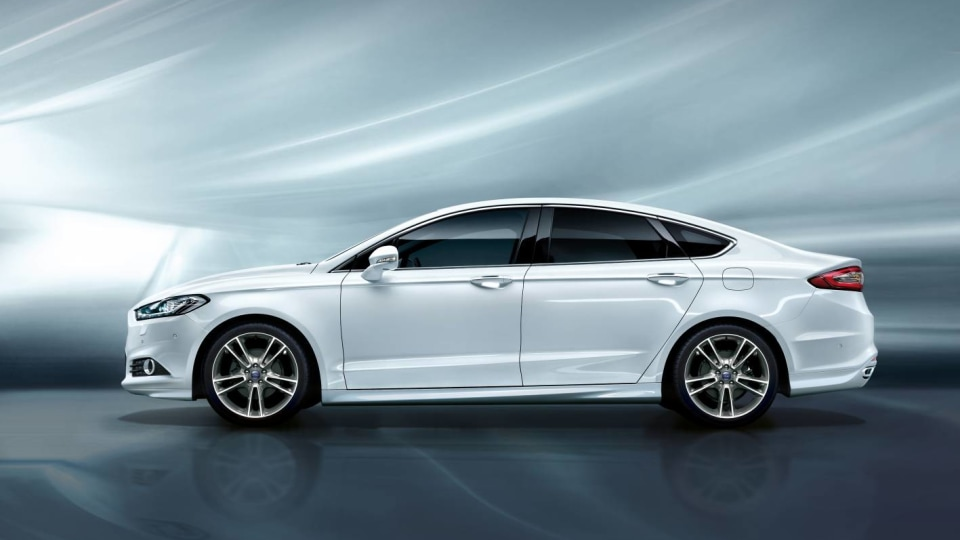 2017_ford_mondeo_03