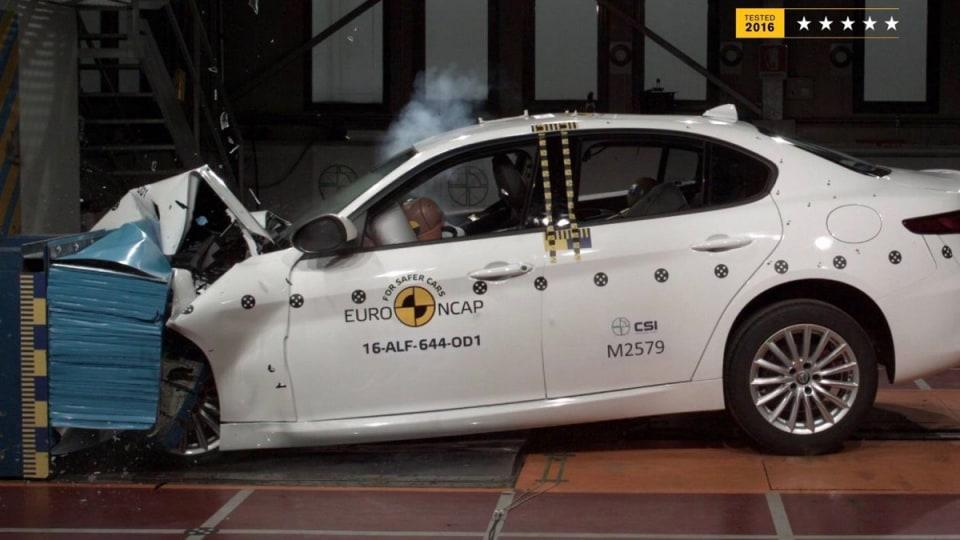 Alfa Romeo Giulia crash testing
