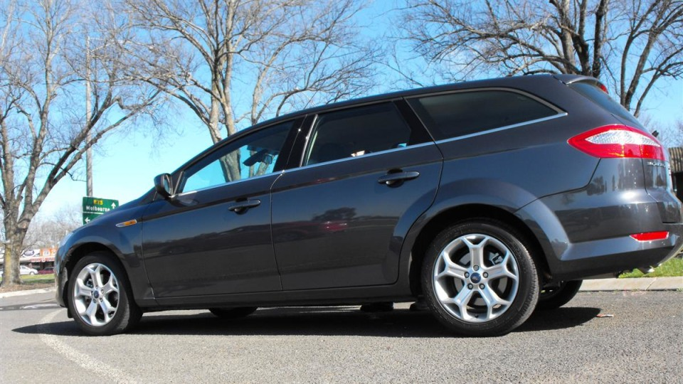 2009_ford-mondeo_road-test-review_01.jpg